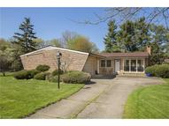 3946 Eleanor Dr North Olmsted OH, 44070