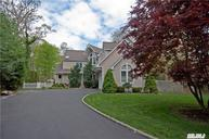 13 Beverly Ct Moriches NY, 11955