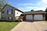 4512 S Eden Cir Sioux Falls SD, 57106
