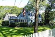 12 Woodland Park Rd Bellport NY, 11713