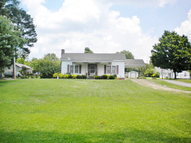 30 Oak St Big Sandy TN, 38221