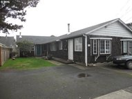 309 8th Ave Seaside OR, 97138