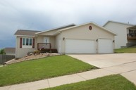 3441 Crocus Av Bismarck ND, 58501