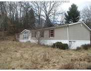 53 Goodson Rd Rainelle WV, 25962