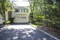 19 Daniel Ct. Ridgewood NJ, 07450