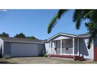 4756 Treewood Ct Florence OR, 97439