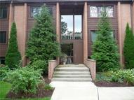 925 Canyon View Rd Unit: 201 Sagamore Hills OH, 44067