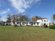 369 Old Wagon Road Dunnsville VA, 22454