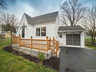 7 Maple Drive Bowmansville NY, 14026