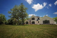 17 Oak Colony Victoria TX, 77905