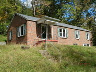 1783 Bearhole Road Pineville WV, 24874