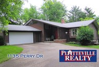 1135 Perry Dr Platteville WI, 53818