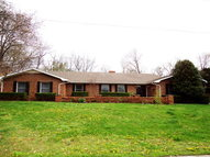 228 Crossbow Ct Hopkinsville KY, 42240