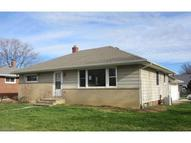 2329 Stanford Dr Wickliffe OH, 44092