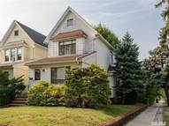 71-02 Manse St Forest Hills NY, 11375