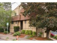 4240 Sw View Point Ter Portland OR, 97239