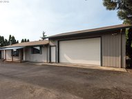 525 Kennel Ave Molalla OR, 97038