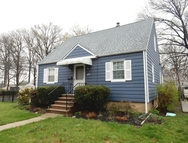 405 Elmwood Ter Linden NJ, 07036