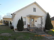 202 7th West Frankfort IL, 62896