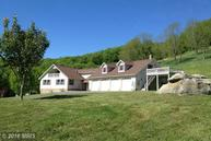 125 Appletree Ln Riverton WV, 26814
