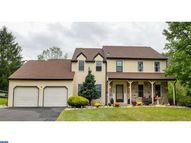 12 Colonial Dr Newtown PA, 18940