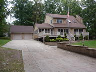 120 Indian Dr Greentown PA, 18426