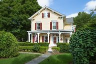25 Mulberry St None Rhinebeck NY, 12572
