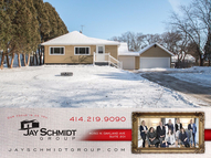 6226 N 106th St Milwaukee WI, 53225