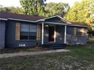110 Henry Iv Trce Mabank TX, 75156
