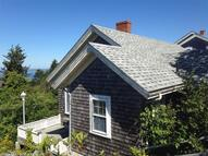 1 Lighthouse Rd Monhegan ME, 04852