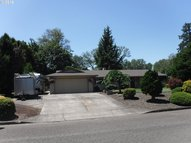 615 Nw Baker Dr Canby OR, 97013
