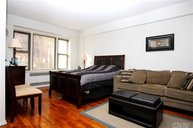 99-21 67th Rd 1b Forest Hills NY, 11375
