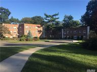 14 Edwards St Roslyn Heights NY, 11577