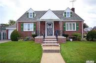 257-04 82nd Ave Floral Park NY, 11004