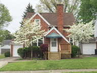 31 Wolfe Ave. Mansfield OH, 44907