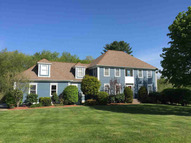 8 Exeter Falls Dr Exeter NH, 03833