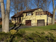 15 Abenaki Trl Oak Ridge NJ, 07438