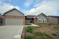2271 Glenwood Dr Garden City KS, 67846