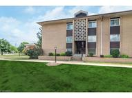 10427 North Church Dr Unit: 123 Parma Heights OH, 44130