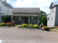 416 Lower Lincoln Ave Cadiz OH, 43907