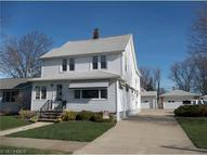 415 Independence St Unit: Up Fairport Harbor OH, 44077