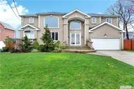 129 Cherry Dr Plainview NY, 11803