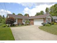 8 Grover Ct Grafton OH, 44044