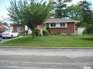 69 W 5th St Deer Park NY, 11729