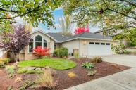 3387 Henderson Way Medford OR, 97504