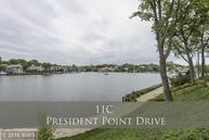11 President Point Drive C Annapolis MD, 21403
