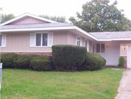 906 Oakcrest Drive Charleston IL, 61920