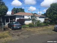 290 Thorpe St Independence OR, 97351