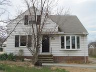 2368 Larchmont Dr Wickliffe OH, 44092