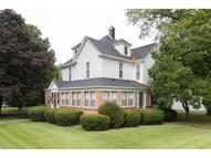 204 N Walnut St Oakland IL, 61943